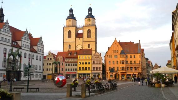 Wittenberger Marktplatz im Abendlicht